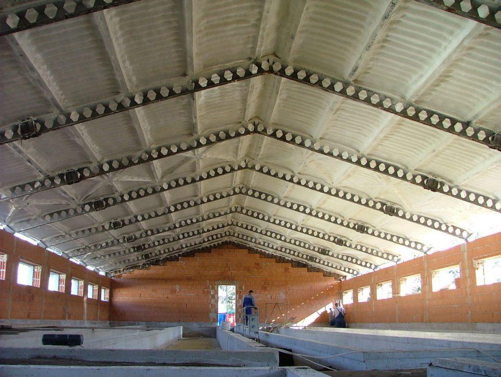 Ipari épületek purhabbal történő szigetelése